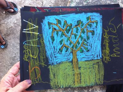 海地-小孩畫作-Drawing Magic Moringa Trees, via projecthopeart.org
